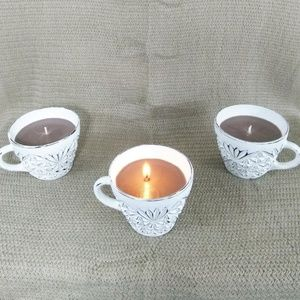 Soy Candle In Painted Teacup - Strudel And Spice